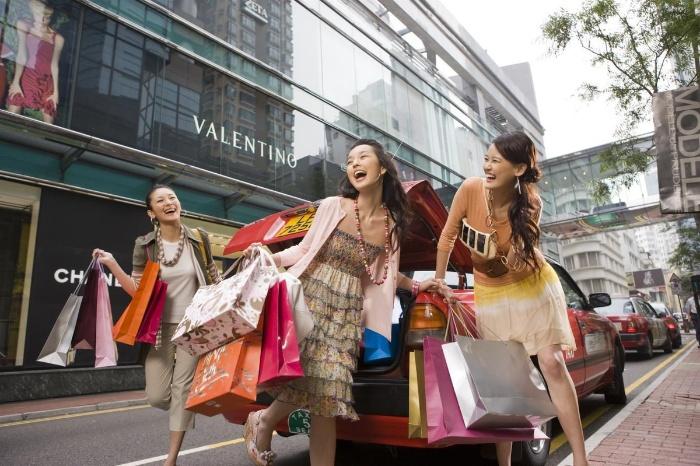 Khi đến du lịch Hawaii Mỹ, du khách sẽ có cơ hội khám phá thiên đường mua sắm sầm uất