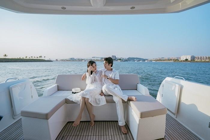 Chiêm bao thấy mình đi du thuyền trên biển