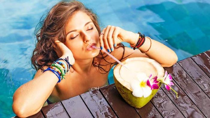 Mơ thấy bản thân mình đang uống nước dừa ở Hawaii đánh số đề 49 - 47