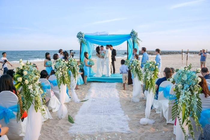 Mơ thấy đám cưới người yêu cũ ở biển Hawaii