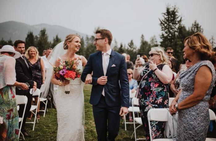 Mơ thấy mình đám cưới với người lạ ở Hawaii