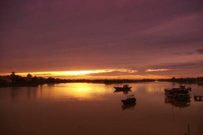 Nằm mộng thấy cảnh sông Thu Bồn vào hoàng hôn