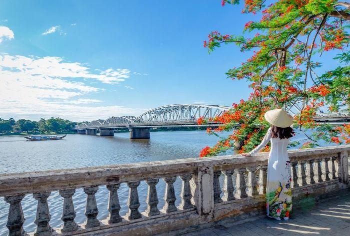 Mộng thấy ngắm cảnh sông Hương cho thấy bạn là người có tâm hồn thi sĩ
