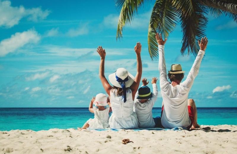 Chiêm bao thấy mình đi du lịch nước ngoài cùng với bố mẹ